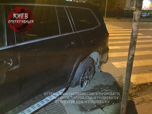 ВКиеве сын депутата устроил гонки сполицией: четверо пострадавших